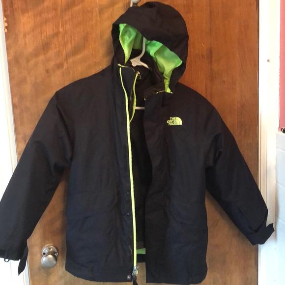 b0874a2e9 The NorthFace Boys Vortex Tri-climate 2 coats in 1